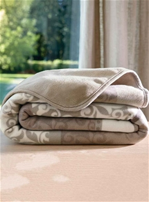 Super Soft Fleece Reversible Blanket